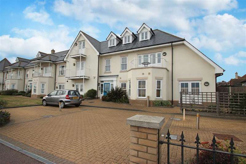 2 Bedrooms Apartment Flat for sale in Crossley View, Marine Parade East, East Clacton