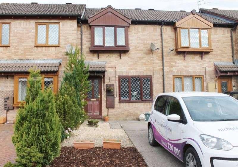 2 Bedrooms Terraced House for sale in Silverton Drive, Hunters Gate, Cross Inn, CF728HF