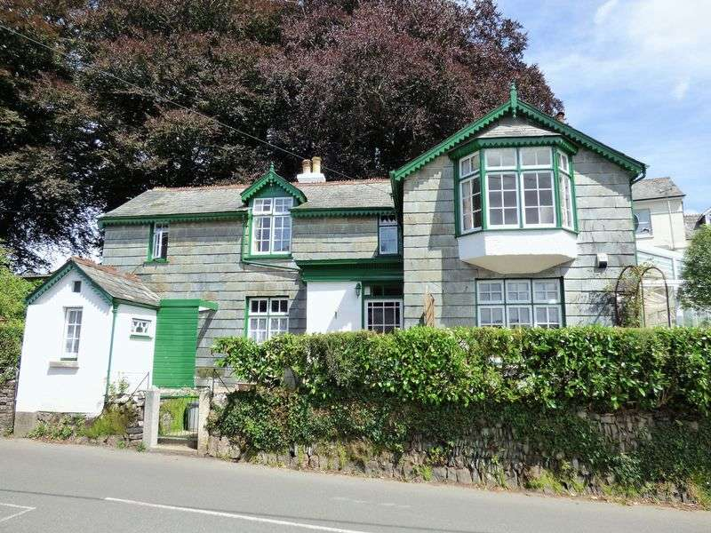 3 Bedrooms Detached House for sale in Whitchurch Road, Tavistock
