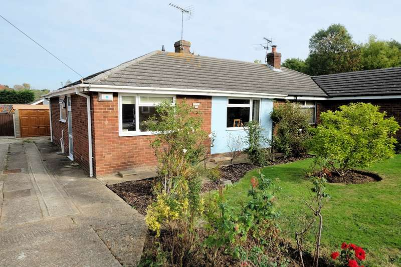 2 Bedrooms Semi Detached Bungalow for sale in Deborah Close, Whitstable, CT5