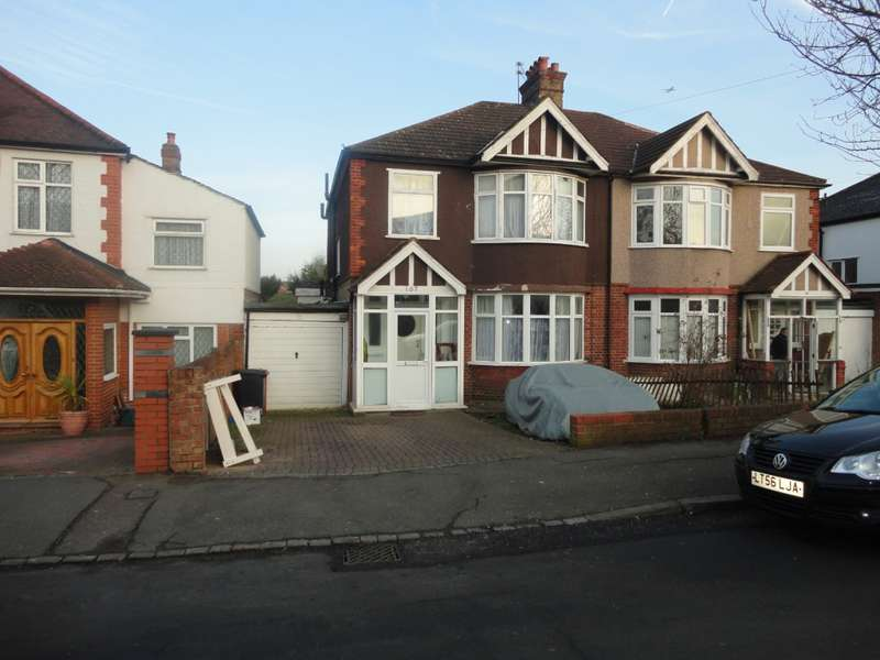 4 Bedrooms Semi Detached House for sale in Wood Lane Wood Lane, Isleworth, TW7