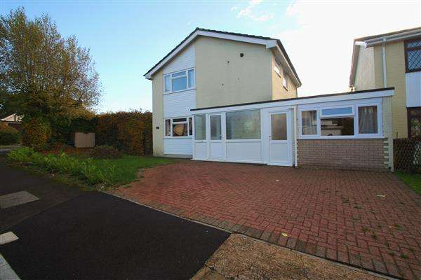 3 Bedrooms Detached House for sale in Harrow Way, Basingstoke, Hampshire