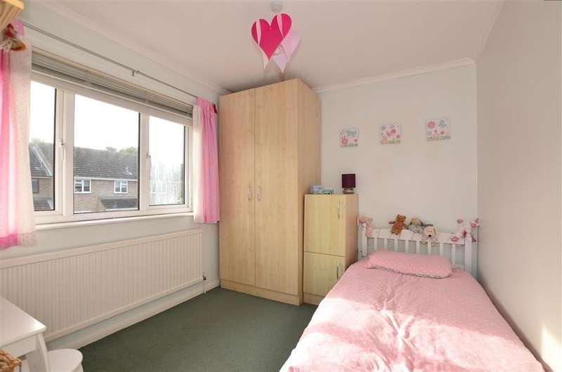 4 Bedrooms Detached House for sale in Millfield Road, West Kingsdown, Sevenoaks, Kent