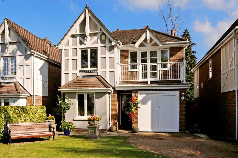4 Bedrooms Detached House for sale in Rockingham Place, Beaconsfield, Buckinghamshire, HP9