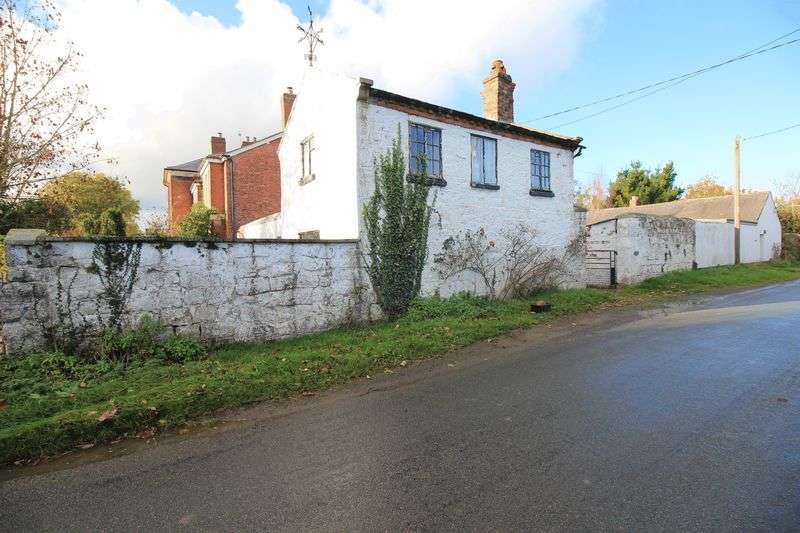 2 Bedrooms Detached House for sale in Morton, Oswestry