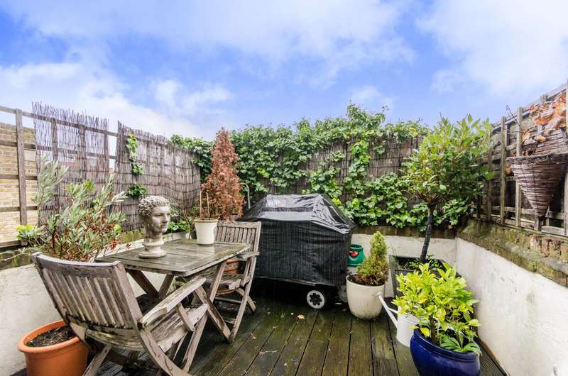 3 Bedrooms Maisonette Flat for sale in Edith Grove, Chelsea, SW10