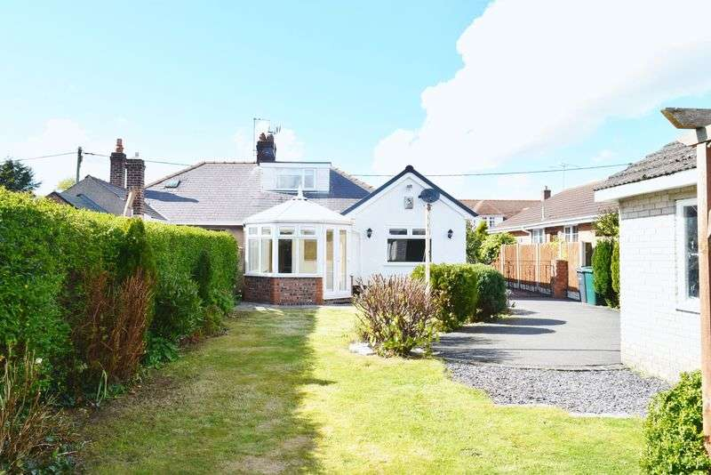 3 Bedrooms Semi Detached Bungalow for sale in Aspen Grove, Chester