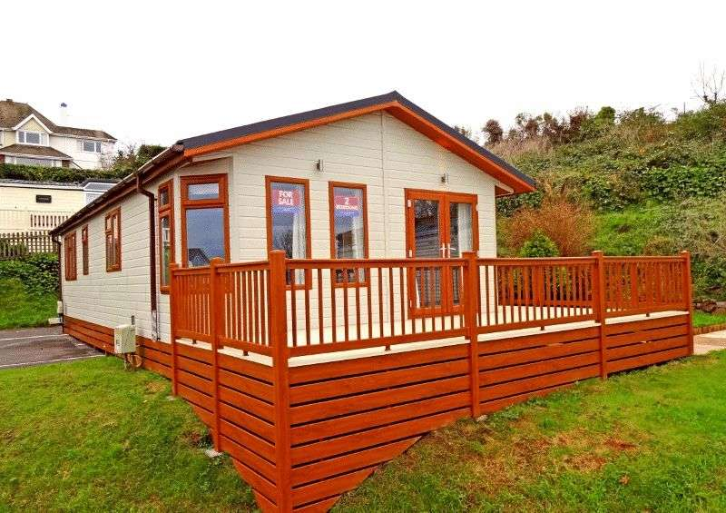 2 Bedrooms Bungalow for sale in Three Beaches, PAIGNTON - Ref: B58