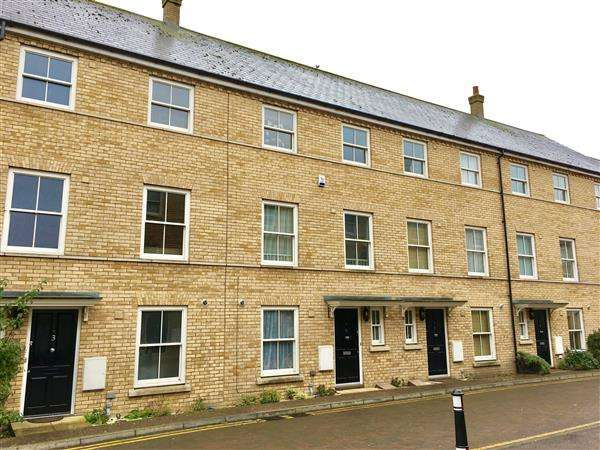 4 Bedrooms Town House for sale in Silk Street, Ipswich
