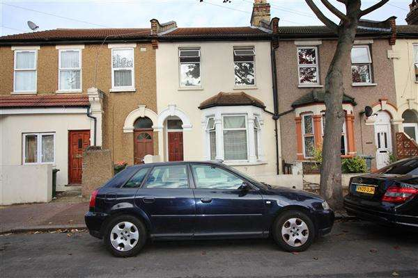 3 Bedrooms Terraced House for sale in Gooseley Lane, East Ham