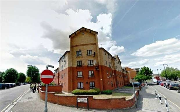 1 Bedroom Flat for sale in Odeon Court, St Albans Road, Harlesden, London