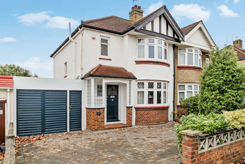 3 Bedrooms Semi Detached House for sale in Moresby Avenue, Surbiton