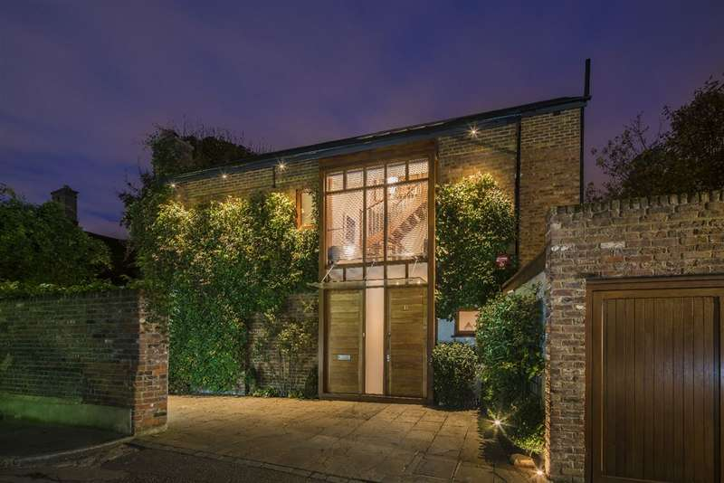 4 Bedrooms House for sale in Holly Walk, Hampstead Village, NW3