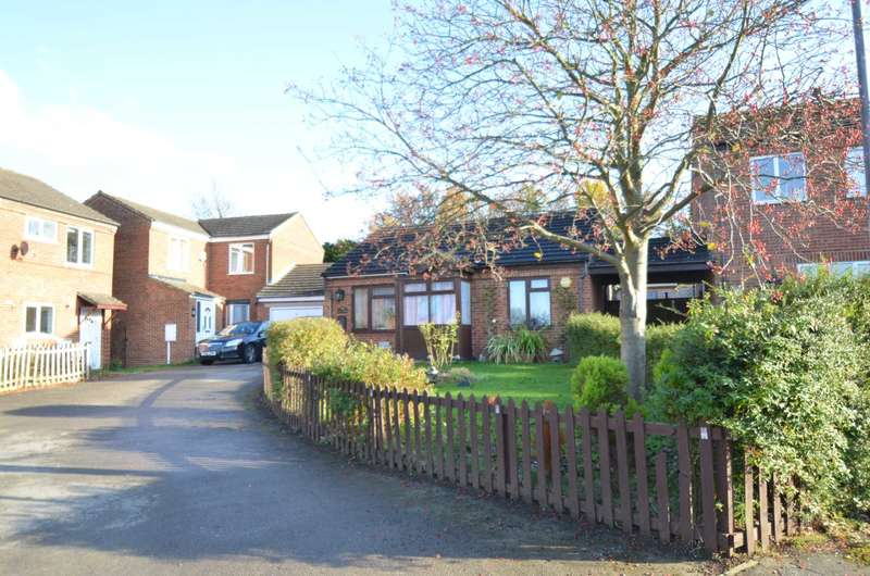 2 Bedrooms Bungalow for sale in Furzton