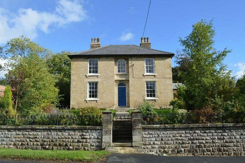 4 Bedrooms Detached House for sale in Brook Villa, Ebberston