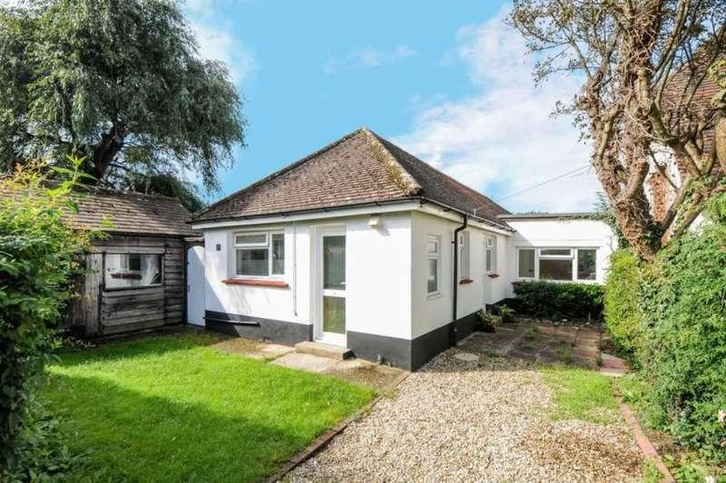 3 Bedrooms Detached Bungalow for sale in Southview Road, Bognor Regis, PO22