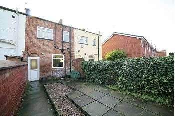 2 Bedrooms Terraced House for sale in Old Road, Failsworth, M35