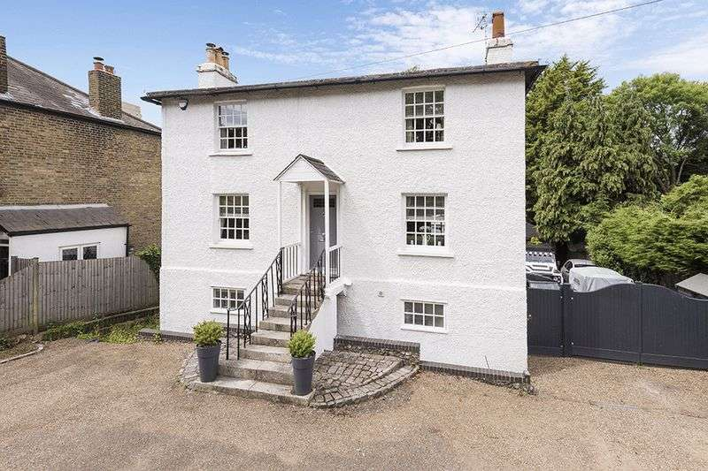 5 Bedrooms Cottage House for sale in North Cray Road, Bexley