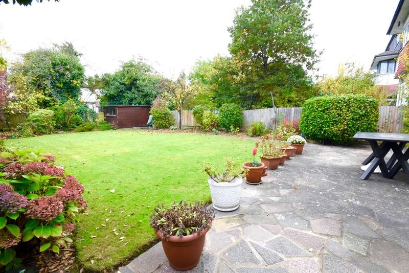 4 Bedrooms Detached House for sale in MAYFIELD GARDENS, HENDON, LONDON, NW4