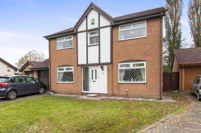 4 Bedrooms Detached House for sale in Broomehouse Avenue, Irlam, Manchester, Greater Manchester
