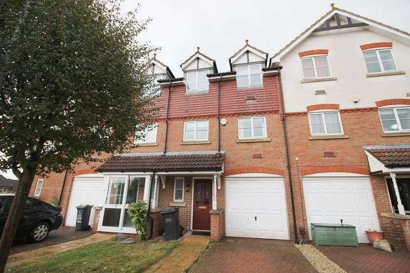 4 Bedrooms House for sale in Lewis Mews, Snodland