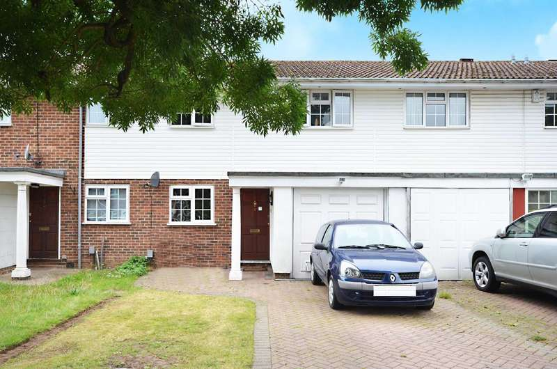 4 Bedrooms Terraced House for sale in Cumberland Avenue, Guildford, GU2