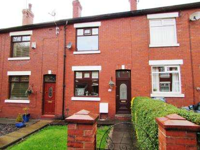 House for sale in Vale Avenue, Hyde, Greater Manchester