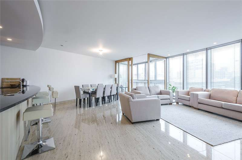 2 Bedrooms Flat for sale in The Tower, 1 St. George Wharf, London, SW8