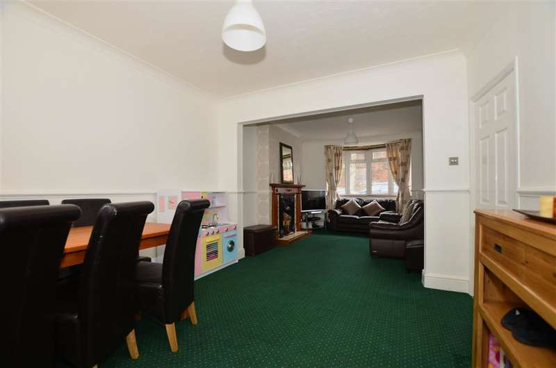 3 Bedrooms Terraced House for sale in York Avenue, Gillingham, Kent