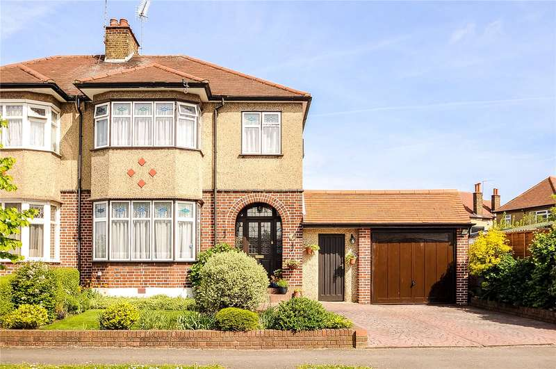 3 Bedrooms Semi Detached House for sale in Hawthorn Drive, Harrow, Middlesex, HA2