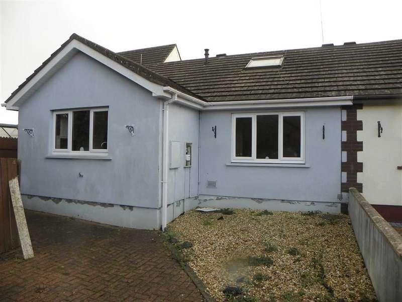 3 Bedrooms Property for sale in Kings Gardens, Pennar, Pembroke Dock