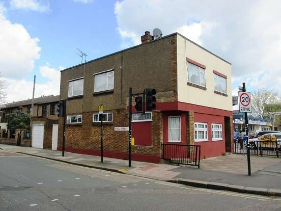 House for sale in Barking Road, Plaistow