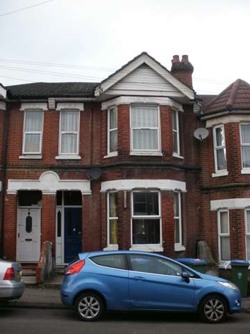 6 Bedrooms Terraced House for rent in Tennyson Road, Portswood, Southampton