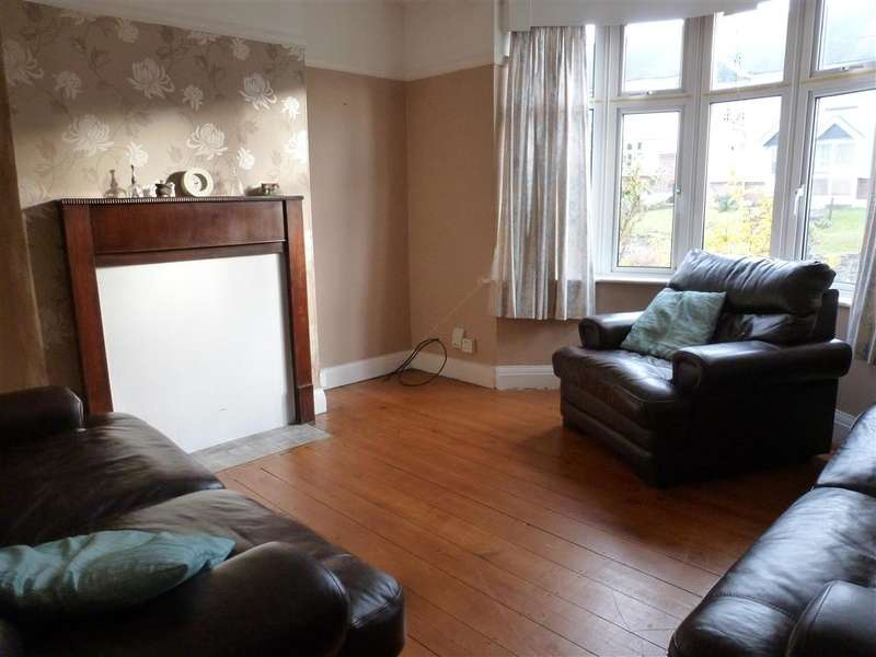 3 Bedrooms Terraced House for sale in The Fairway, Gravesend, Kent