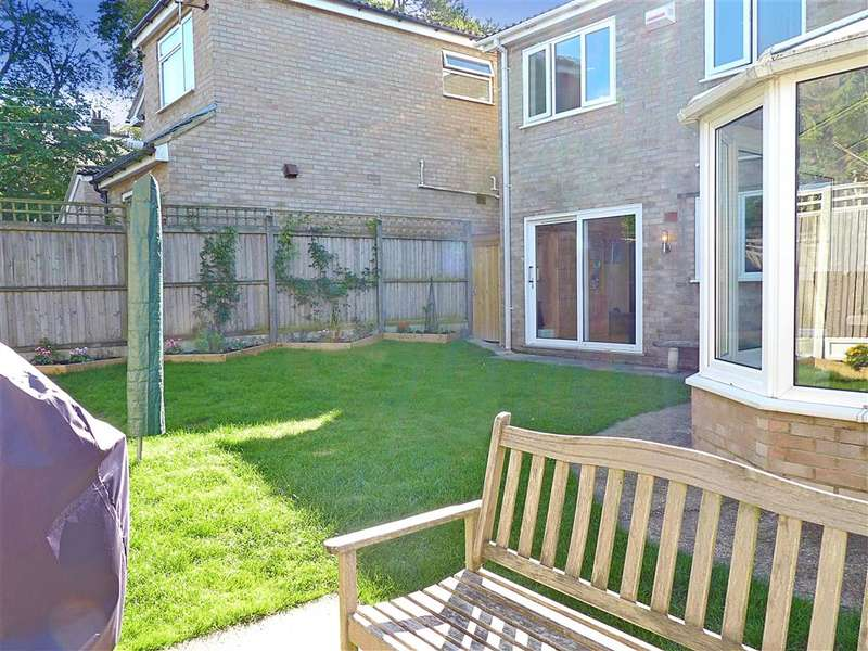 4 Bedrooms Detached House for sale in The Glen, Shepherdswell, Dover, Kent