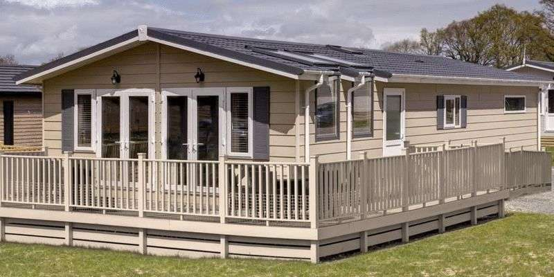 2 Bedrooms Bungalow for sale in Maesmawr Farm Resort, Moat Lane, Caersws, Newtown, Powys, SY17 5SE