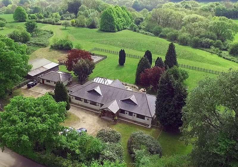 5 Bedrooms Detached House for sale in Buckhurst Road, Westerham, Kent, TN16