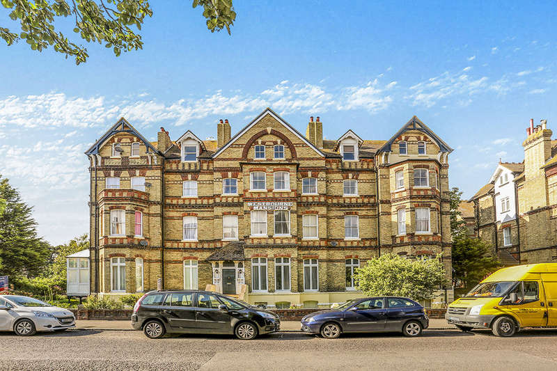 5 Bedrooms Flat for sale in Sandgate Road, Folkestone, CT20