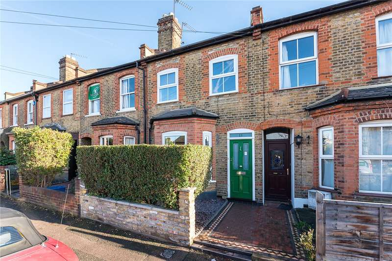 3 Bedrooms Terraced House for sale in May Road, Twickenham, TW2