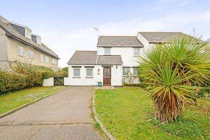 4 Bedrooms Semi Detached House for sale in Perranporth, Cornwall, .