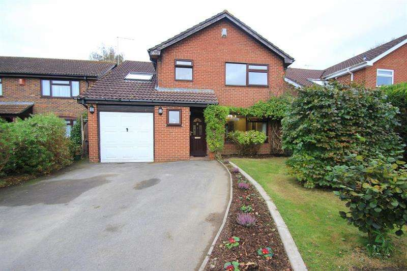 5 Bedrooms Detached House for sale in Coniston Close, Verwood