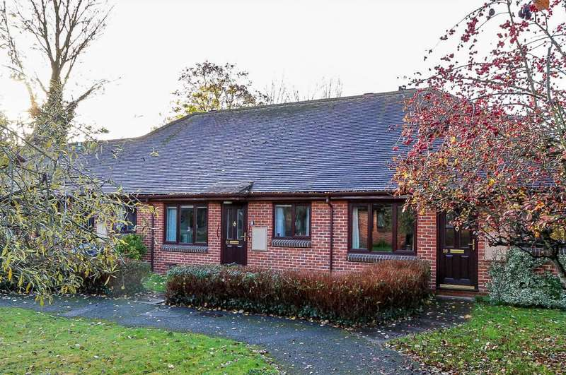 2 Bedrooms Bungalow for sale in St. Rualds Close, Wallingford