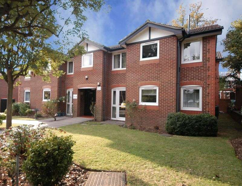1 Bedroom Flat for sale in Barden Court, Maidstone