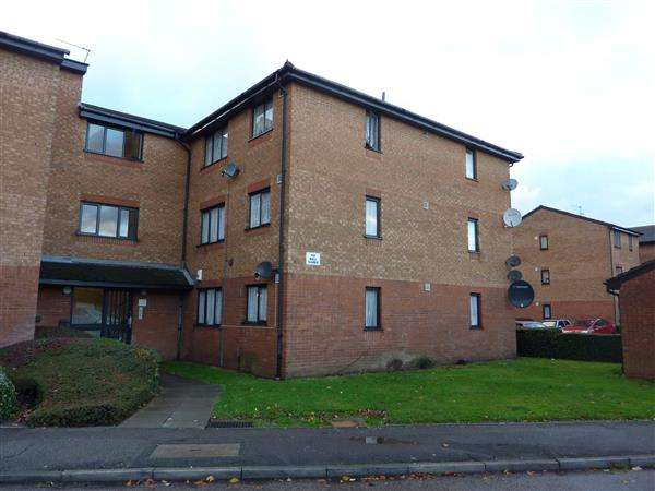 1 Bedroom Flat for sale in Streamside Close, London