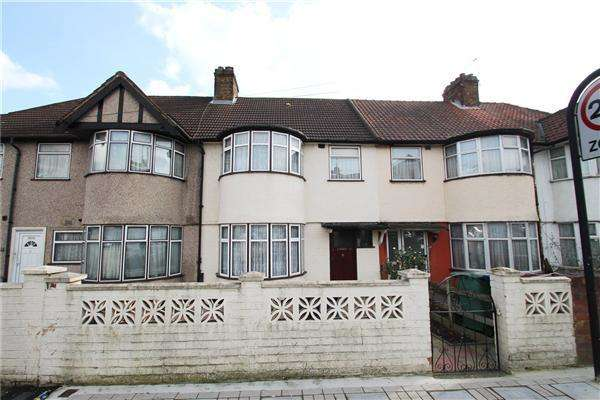 3 Bedrooms Terraced House for sale in Charlton Road, Kenton