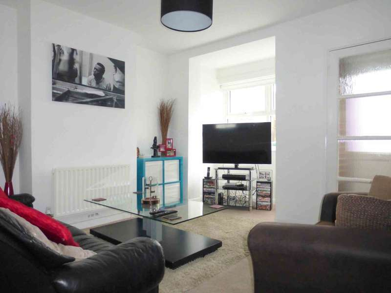 2 Bedrooms Terraced House for sale in New Road, Croxley Green