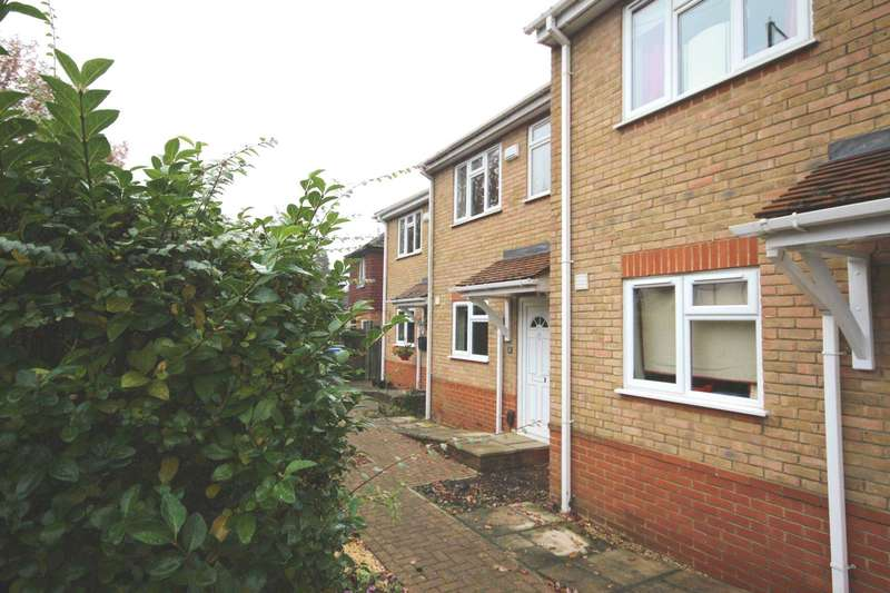 3 Bedrooms House for sale in St. Marks Road, Binfield