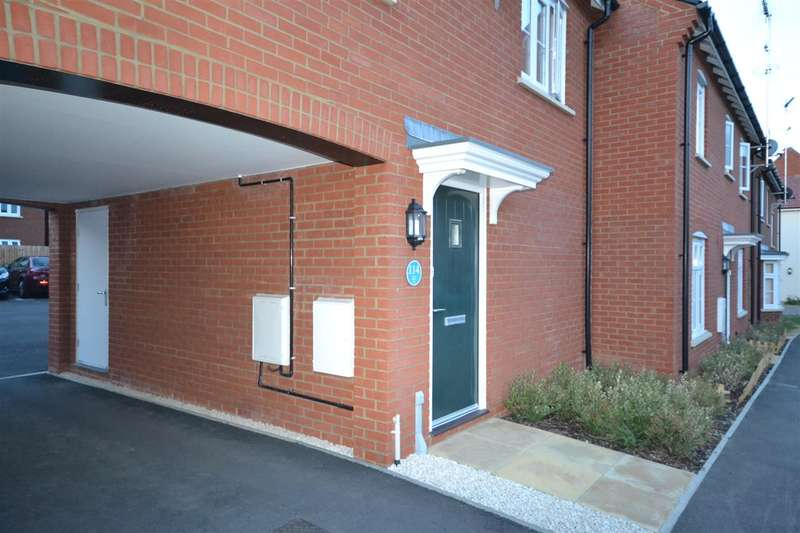 2 Bedrooms Terraced House for sale in Prince Rupert Drive, Aylesbury