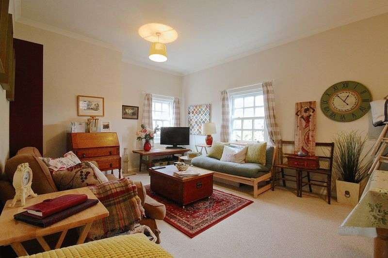 2 Bedrooms Flat for sale in Poundbury, Dorchester, DT1