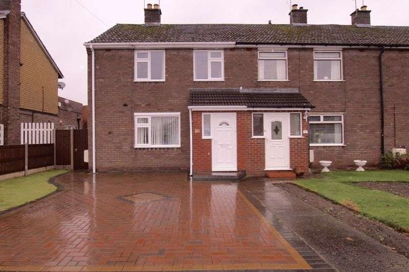 3 Bedrooms Terraced House for sale in Gladwyn Road, Wrexham